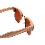 Lunette de soleil en bois vintage forme carrée