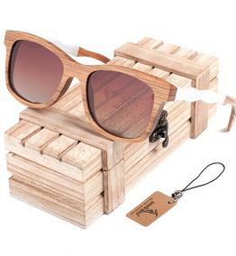lunette de soleil en bois carré