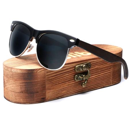 lunettes de soleil en bois working